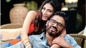 Athiya Shetty recalls childhood memories with father Suneil on his 59th birthday