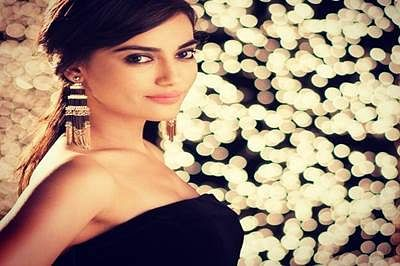 """I am a very present day girl"", says Surbhi Jyoti"