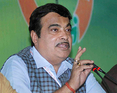BJP in war of words  with SP, to send team