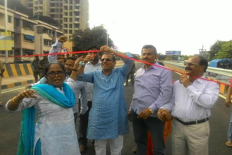 Incomplete bridge self inaugurated, opened by people in Vasai