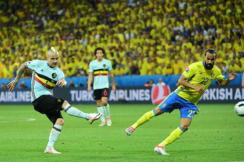 Belgium seal last-16; Bye Bye Ibrahimovic