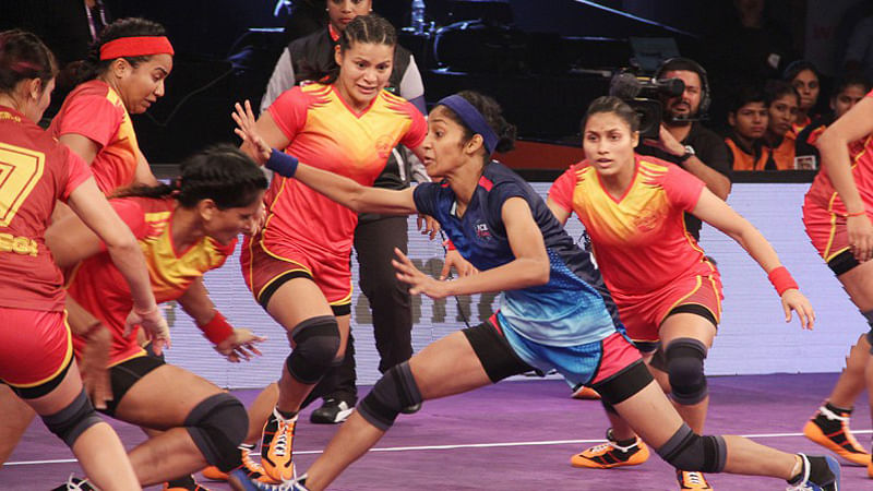 Dabang Delhi hold Puneri  Paltan