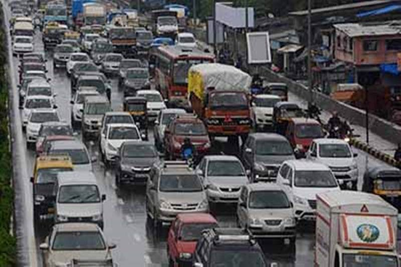 Potholes cause 2-km long traffic snarl on Sion-Panvel highway on Monday