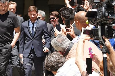 Messi appears at Barcelona court for tax trial