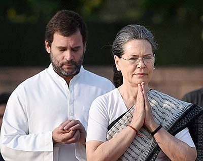 India has lost an 'outstanding parliamentarian' in E. Ahamed: Sonia Gandhi