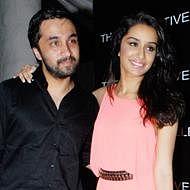 Shraddha, Siddhanth to play Dawood-sister duo in 'Haseena' biopic