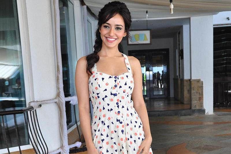 Neha Sharma owes it to ManojBajpayee