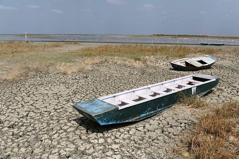 China offers cloud-seeding tech to drought-hitMaharashtra