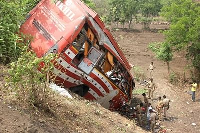 Mumbai-Pune Expressway accident; no one to operate trauma centre