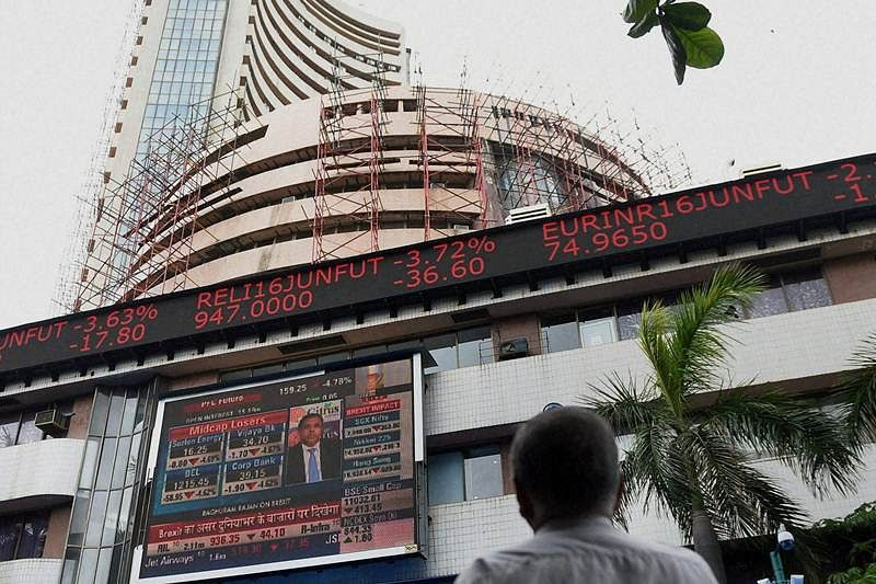 Stocks fall ahead of GDP numbers, F&O expiry