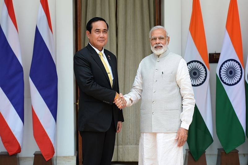 Thai PM Prayut Chan-o-Cha offers prayers at Bodh Gaya