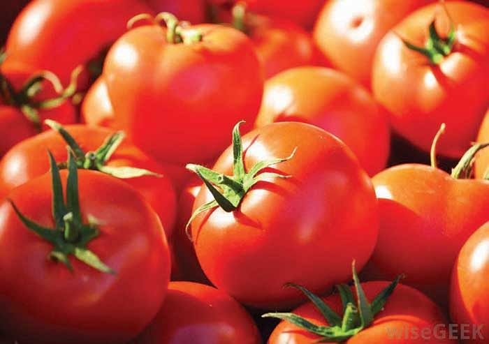 Mumbai: Cash crunch squishes tomato prices, APMC rate 1.75/kg