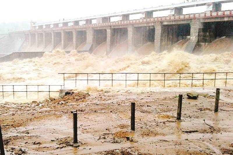 Rain plays havoc in MP, toll 22
