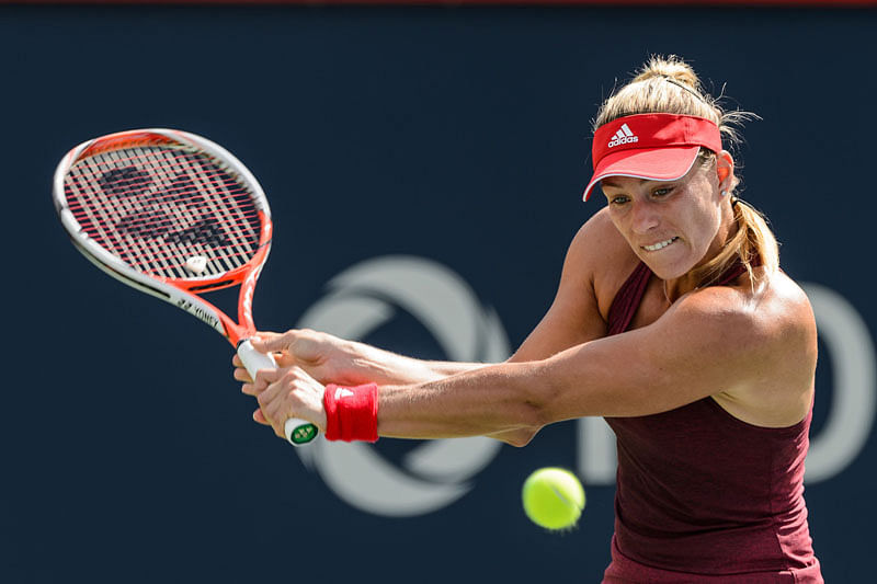 Angelique Kerber and Halep to clash into  semifinal