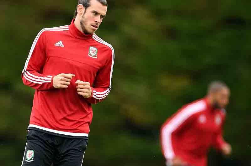 Hazard-Bale in Euro qtrs