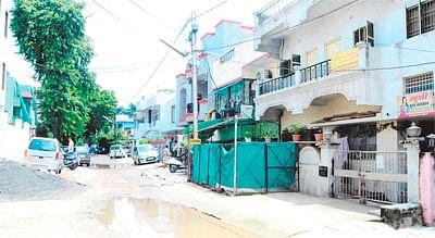 Post deluge tenants migrate en masse from Gautam Nagar