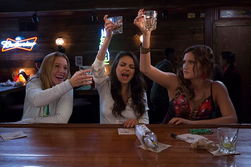 Bad Moms: Heart-warming mother-daughter camaraderie