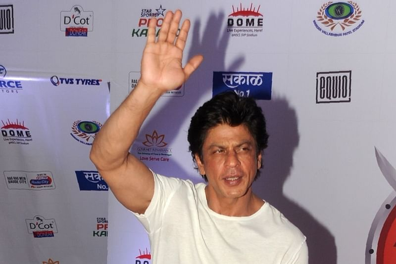 King Khan wants Aryan to see old classics before entering B-town