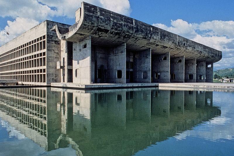 Le Palais de l'Assemblee - Chandigarh - Inde - 1965 - Le Corbusier - ©F.X. Bouchart - F.L.C./Le Corbusier /Artedia