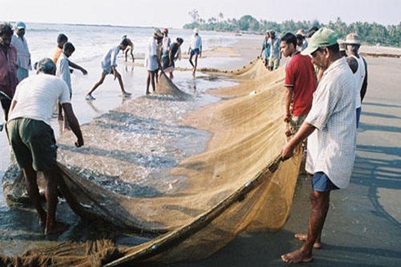 Sri Lanka Navy snaps fishing nets of Tamil Nadu fishermen