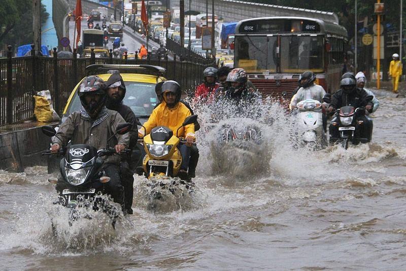 Mumbai: Heavy rain forecast in next 48 hours