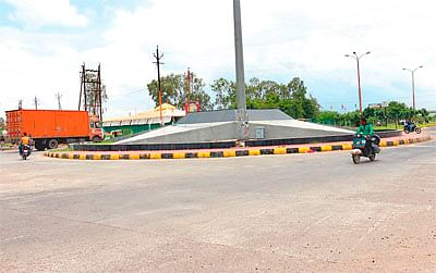 Star square: Choose another route or you may get stuck in jams due to water logging
