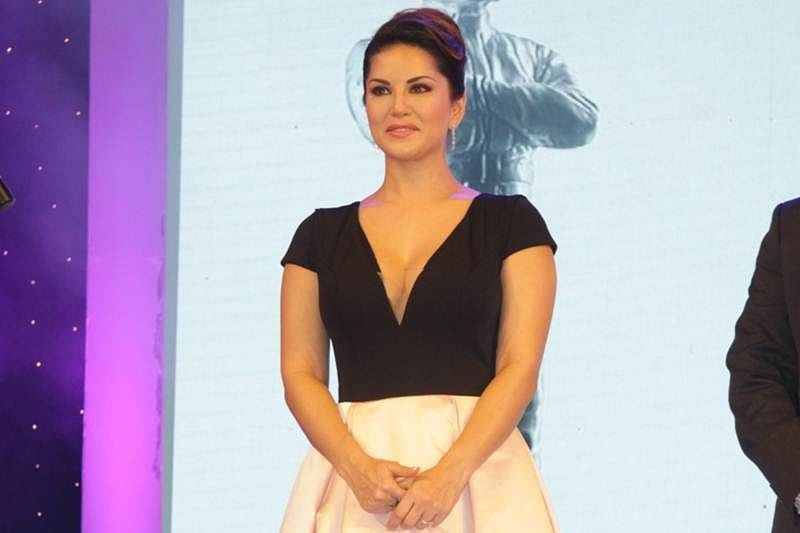 Still don't think I completely fit in Bollywood: Sunny Leone