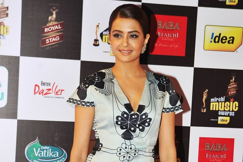 Sexy, sensuous label don't bother Surveen Chawla