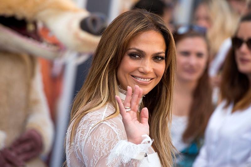 Jennifer Lopez has a ladder in her closet
