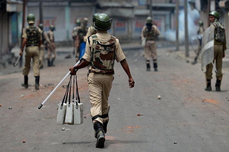 Man found dead with 300 pellets, tension grips Srinagar