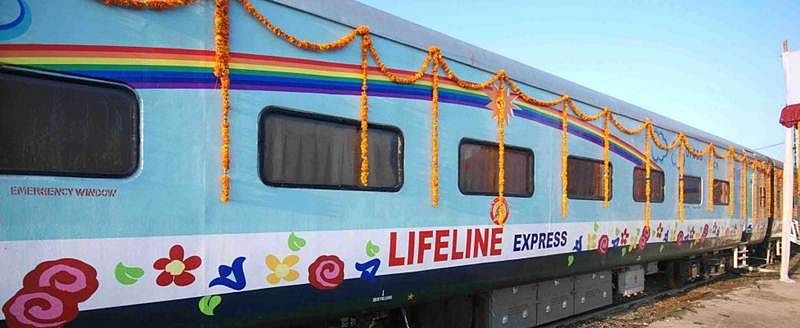 Lifeline Express attends 8000 patients at each of its stops