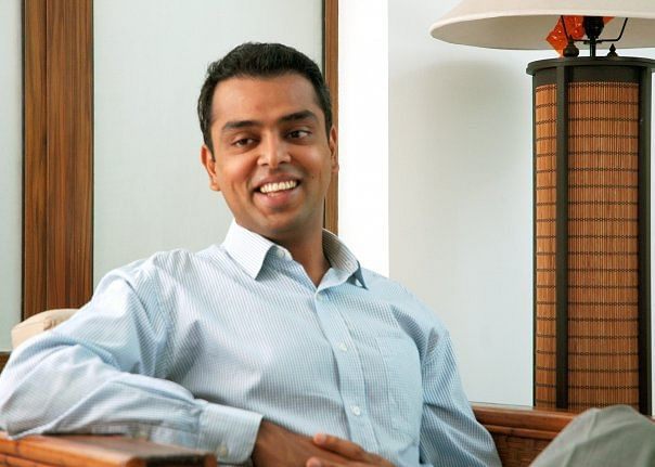 Milind Deora censured by poll panel for speech