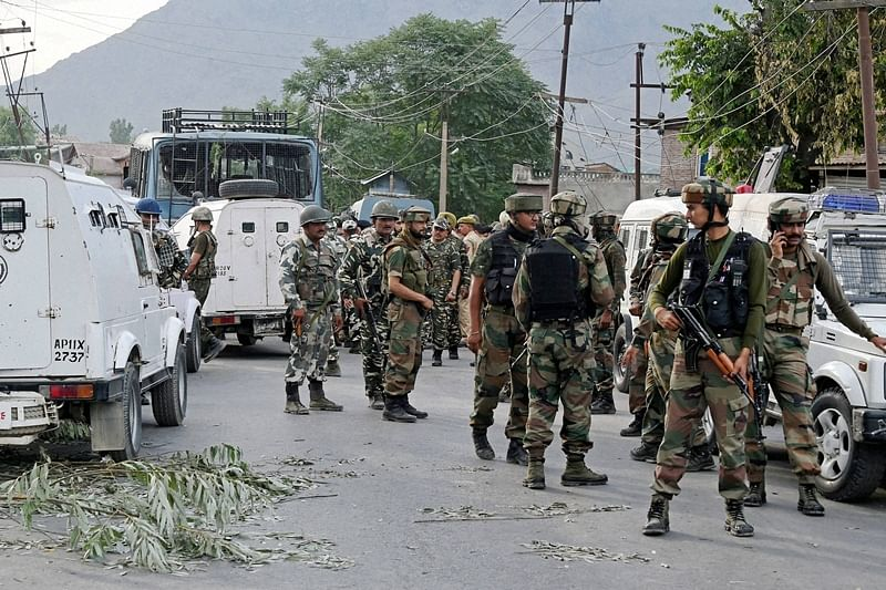 Jammu and Kashmir: Militant killed in encounter in Budgam