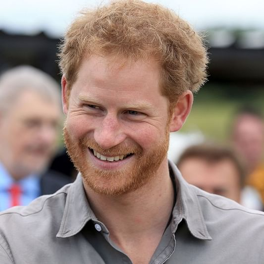 Prince Harry delays plans to join wife in Canada