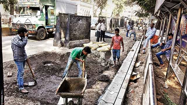 Road repair scam: HC seeks reply from State govt, MCGM