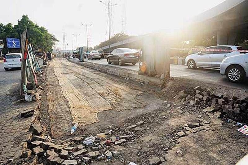 Road repair scam: Relief to two contractors