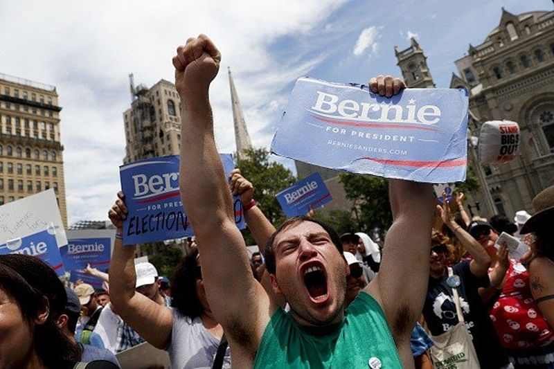Sanders loyalists bash Clinton nomination, clash with police
