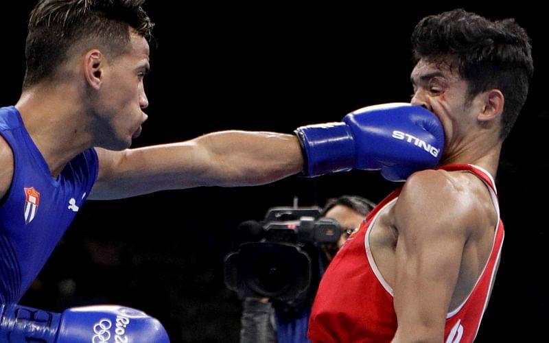 Manoj Kumar stuns medallist