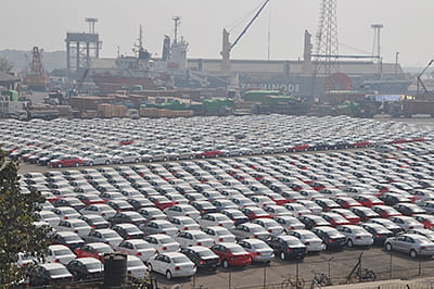 Record handling of 6316 cars on single ship at Mumbai Port