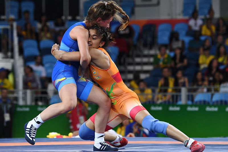 Vinesh Phogat loses in pre-quarters, 2020 Olympics hope still alive