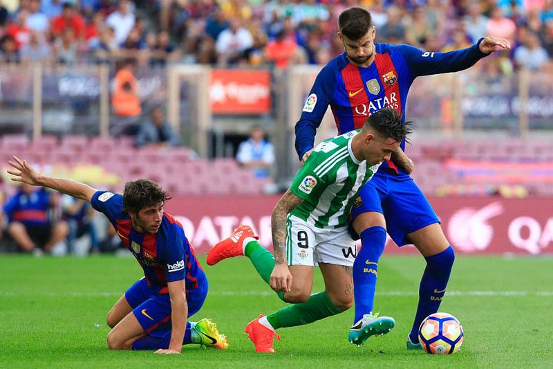 Barcelona Kick-Off In Style