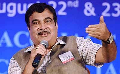 85% of country's traffic will be on 4% nat'l highways in 3 yrs: Nitin Gadkari
