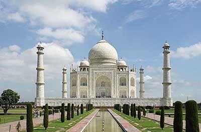 Visitors entry into Taj Mahal may be limited