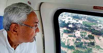 Remove Farakka barrage  to save Bihar, says Nitish