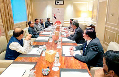 CM briefs US investors about opportunities in MP
