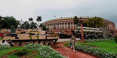 New Delhi: A tank and other weapons on display at Parliament House in New Delhi on  Monday. The Indian Defence Research and Development Organization (DRDO) is organising a defence exhibition of tanks, Brahmos missiles along with other equipment at Parliament House to mark the completion of 70 years of independence. PTI Photo by Shahbaz Khan  (PTI8_1_2016_000068B)