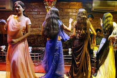 Indian women tricked into working at Dubai dance bar rescued