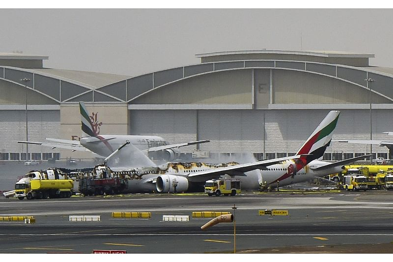 Emirates flight with 275 Indians crash lands