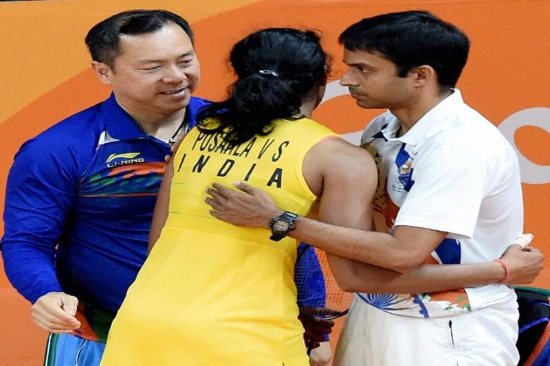Will return Sindhu's phone, let her enjoy an ice-cream: Gopi