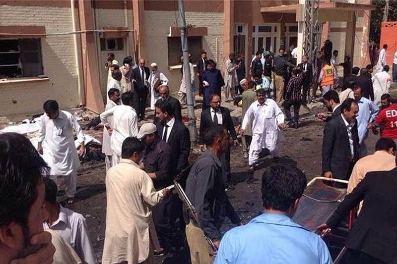 93 die as explosion rips through Quetta hospital